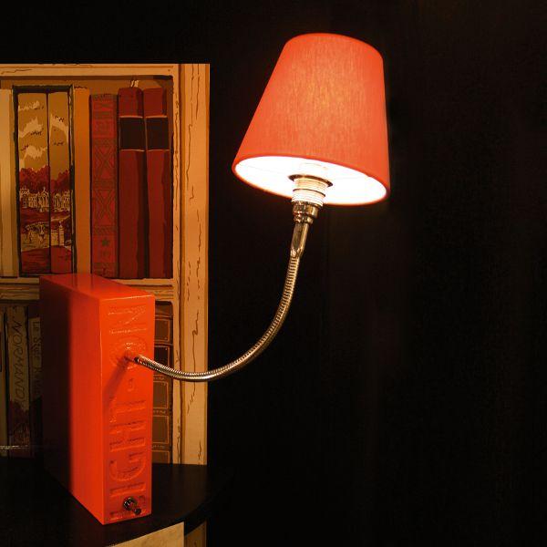 Light On Silk Tischleuchte
