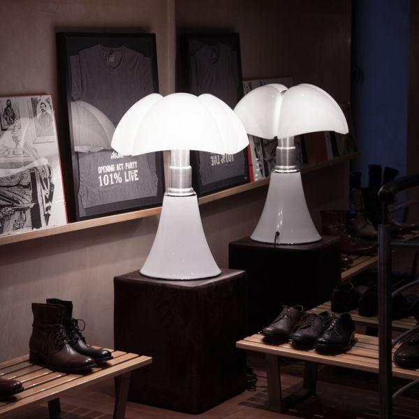 Pipistrello LED Medium Tischleuchte weiß