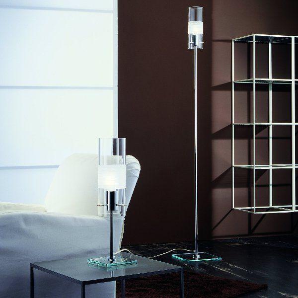 Die Stehleuchte Xilo R10 und die Tischleuchte Xilo T10 im Wohnraumbeispiel
